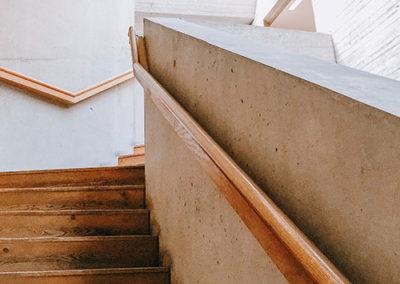 Innenausbau Treppe Massivholz